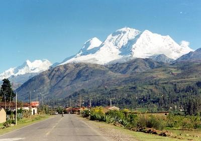 Los Andes y los Alpes - melodías ancestrales Huascaran